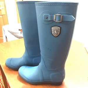 Shoes - NEW Women's Rain Boots Deep Turquoise. Size 9